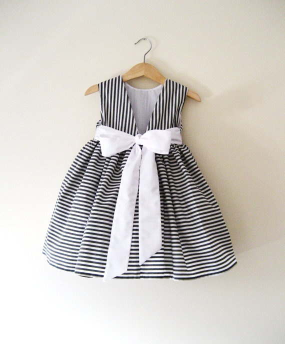 Junior Bridesmaid Dress in Deep Grey and White by littletboutique, $105.00