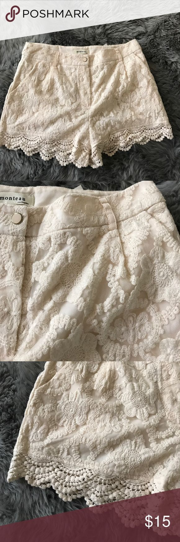Lace Shorts Cream Lace Shorts Cream Size L with pockets Monteau Shorts