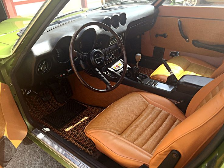1973 datsun 240z interior looks great with the code 113 metallic green exterior wheels. Black Bedroom Furniture Sets. Home Design Ideas