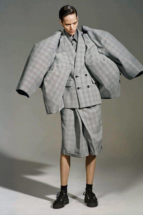 Comme des filles: Рэй Кавакубо и её феминистская мода . Изображение № 7.