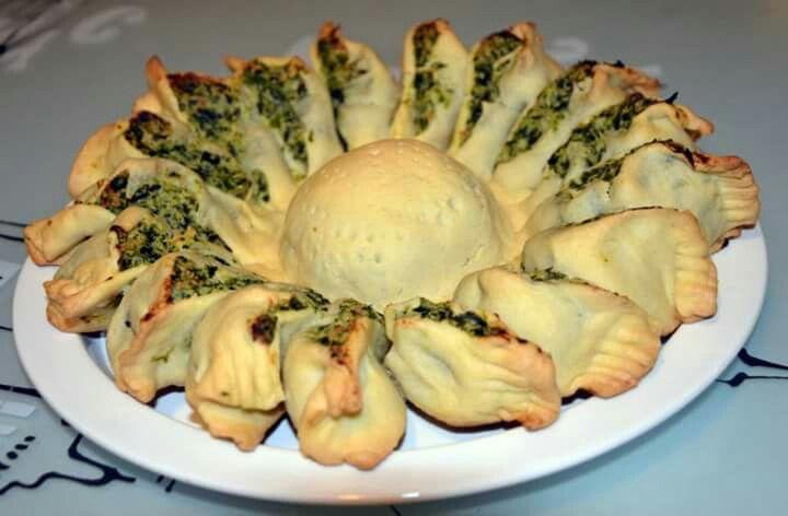 Rustico girasole con ricotta è spinaci
