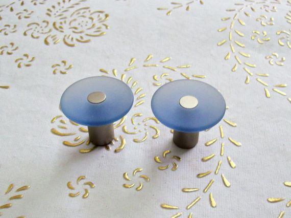 Italia cristallo satinato Bleu manopole in alta qualità. Base