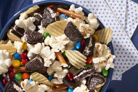 OREO Field Goal Snack Mix Recipe