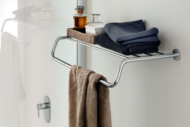 Accesorios-para-banos-de-diseno-minimalistas-complementos-de-bano-One-de-INDA-Tono-Bagno-Barcelona-2.jpg (640×427)