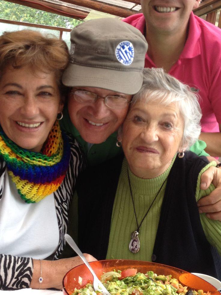 La abuelita, Enrique y Yezmin