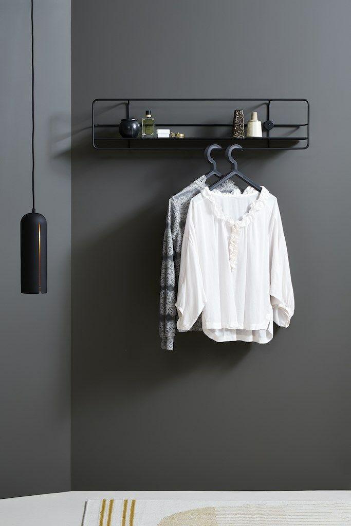 Gap pendant, tall • Designed by @NurdesignDK • A great match with Coupé horizontal in your dressingroom #light #lighting #pendant #livingroom #kitchen #diningroom #design #WOUDdesign