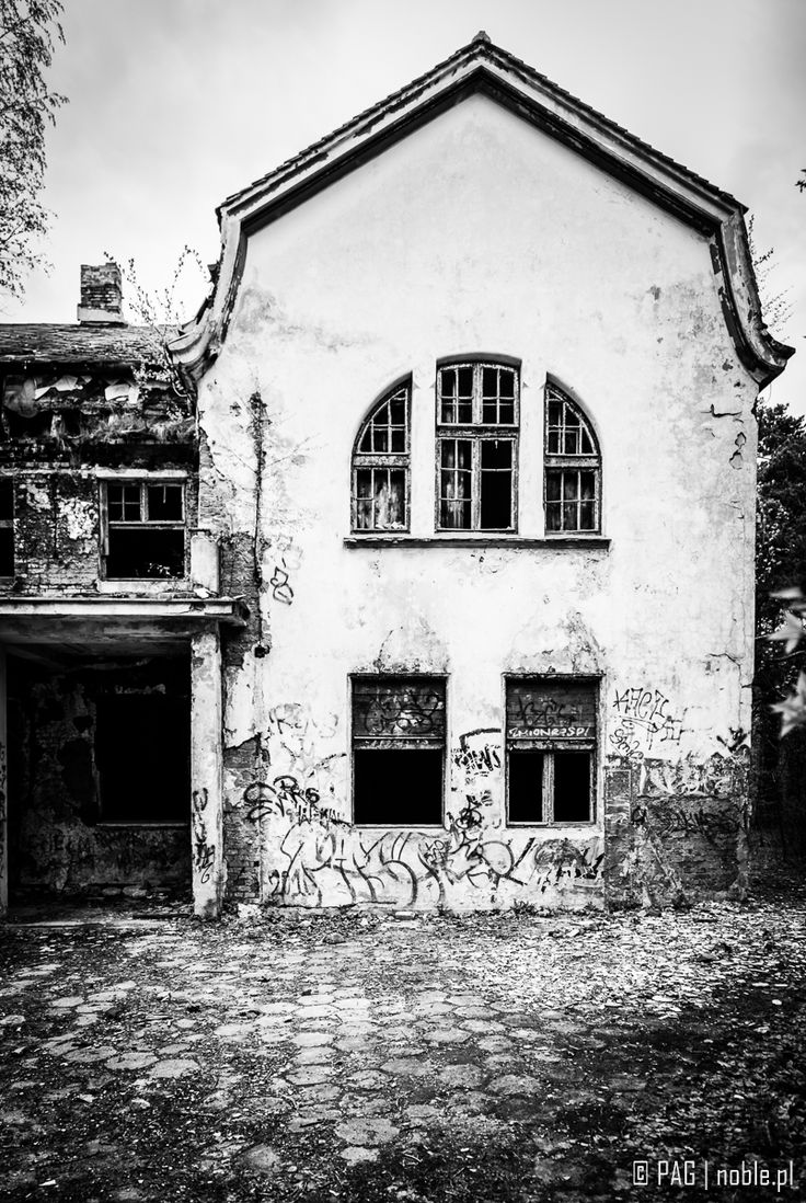 Abandoned hundred years old Zofiowka Sanatorium for mental illnesses treatement in Otwock near Warsaw, Poland