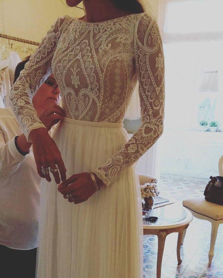 Boho chic dress with Vintage Lace Flora bridal 2016 www.flora-bride.com
