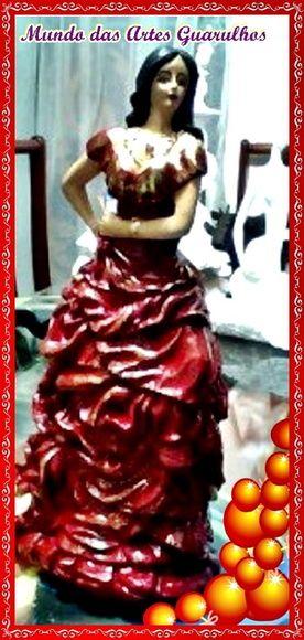 Cigana Esmeralda com 40 cm pintada sob encomenda, caso a haja interesse entre em nosso site clicand na foto. Confeccionamos em gesso cru, pintado como na foto, ou cimo desejar.