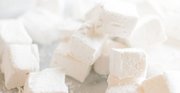 Marshmallows and hot chocolate are a wintertime must. And withthis homemade version from Sinclair and Moore and Matthew Land Studios, those little store-bought marshmallowsare about to get blown out of the water. Thisfluffy, scrumptious treat is surprisingly simple to make. And don't be scared by the 4 hour prep-time; that's just the marshmallows taking a…