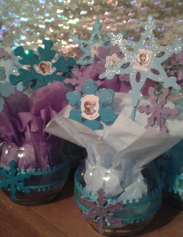 FROZEN party centerpieces I made!