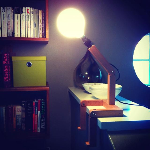 Cool sitting lamp by Graeme Bettles. www.produktofdesign.blogspot.com
