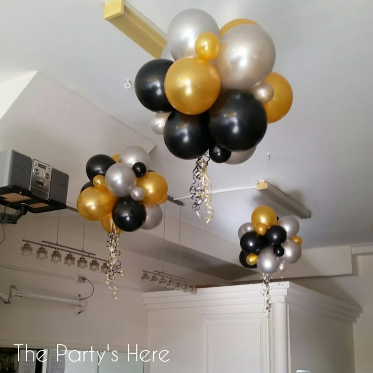 Organic topiary clusters for the ceiling www for Balloon cluster decoration