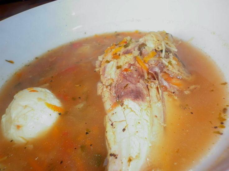 AROME...: Ciorbă din piept de pui, cu ouă