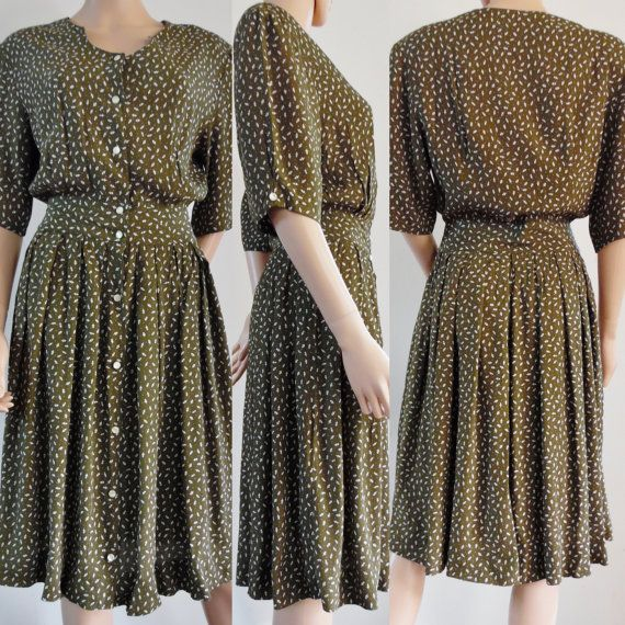 Vtg 70s but 50s style French green/brown and white cute tea dress summer dress size small/medium