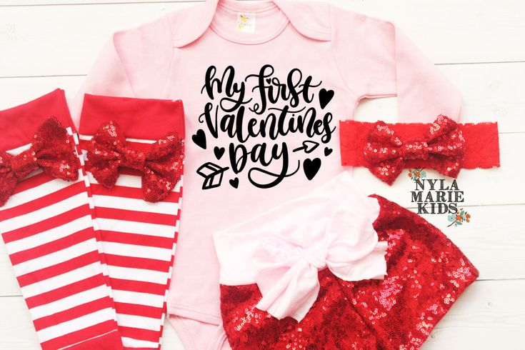 My First Valentines Day Outfit, Baby Girls Valentine's Day Outfit, Girls Coming Home Outfit, Valentines Day Onesie, Baby Girl Leggings, Pink by NylaMarieKids on Etsy https://www.etsy.com/listing/504456279/my-first-valentines-day-outfit-baby