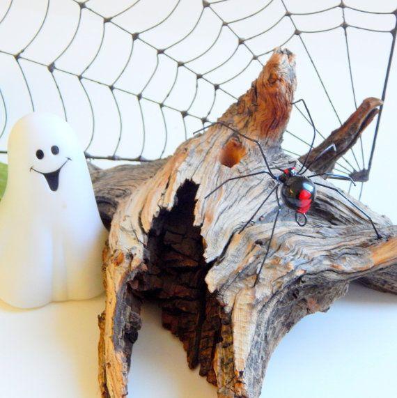 Medium Hanging Redback Spider Wire Structure by SpiderwoodHollow