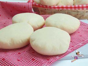 Faluches. Recette de cuisine ou sujet sur Yumelise blog culinaire. Le pain traditionnel de chez moi : depuis toute petite les faluches sont mes pains préférés ! Des pains blancs très moelleux...
