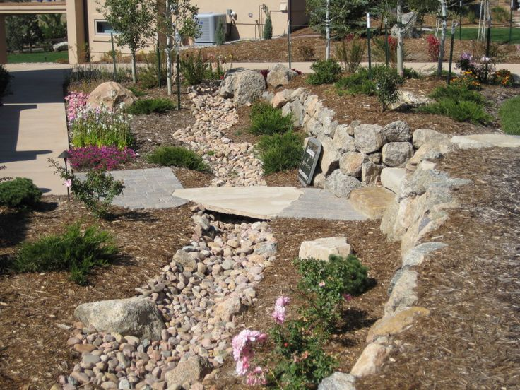 17 best images about dry creekbed landscaping ideas on for Dry garden designs