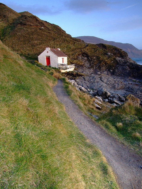 plus along house picturesque separate beautiful at this four properties cottages ireland for under absurdly from elgin cottage just in is coastal bedroom almost the sale a character absolutely image property coast