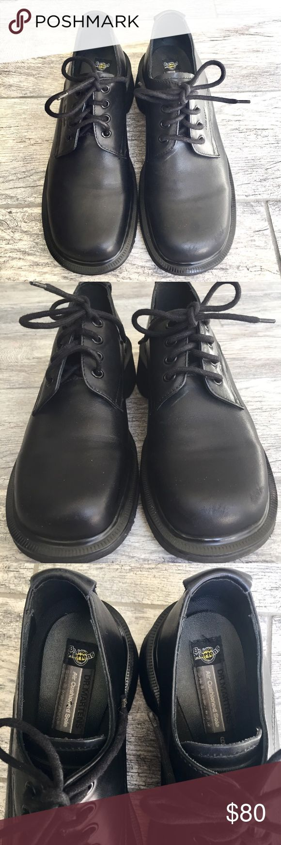Dr. Doc Martens Men's Black Oxford Shoes Size 6 Has some scratches on the side as shown in picture. Overall, in very good used condition. Very minimal creasing. Dr. Martens Shoes Oxfords & Derbys