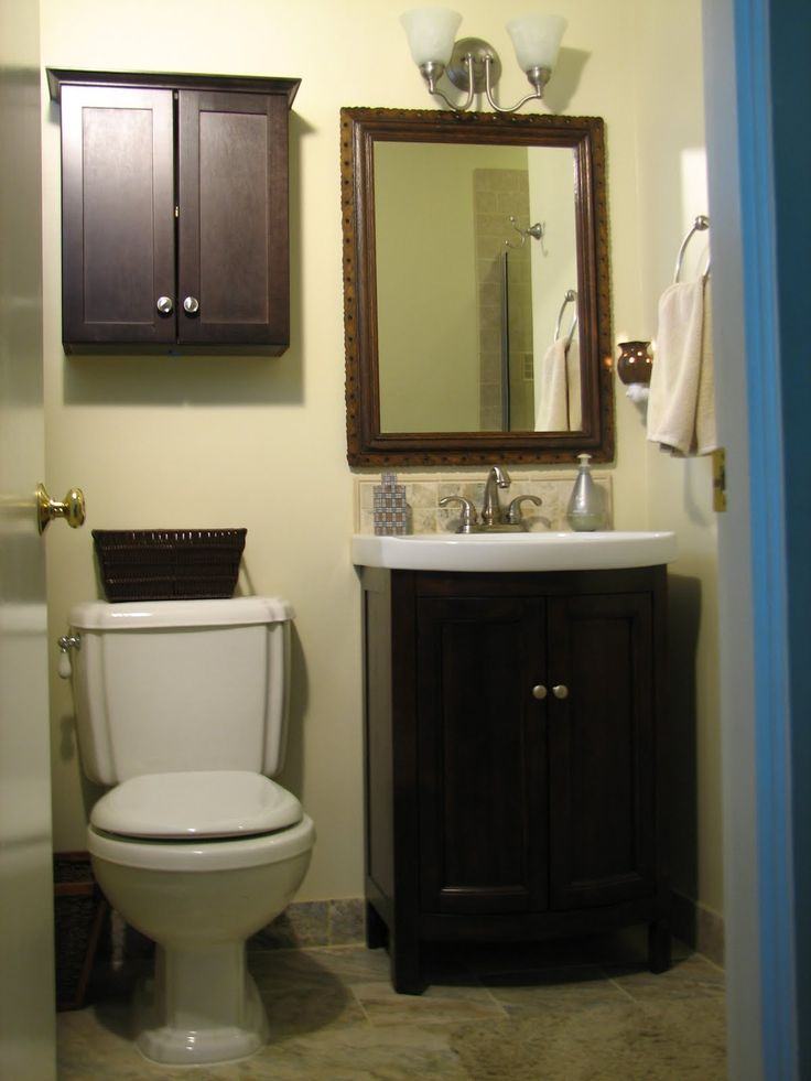 Best 25 small white bathrooms ideas on pinterest small - Bathroom vanities for small bathrooms ...