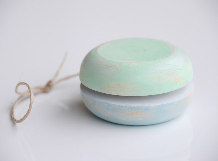 Retro Celadon Blue Yo-Yo