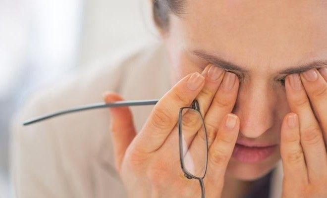 Voici 14 Raisons pour lesquelles vous êtes toujours fatigué Un mauvais sommeil n'est pas la seule raison qui sape votre énergie. Certaines petites choses