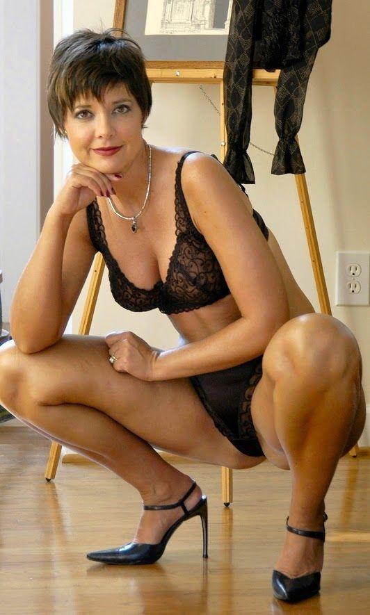 naked lady soccer player