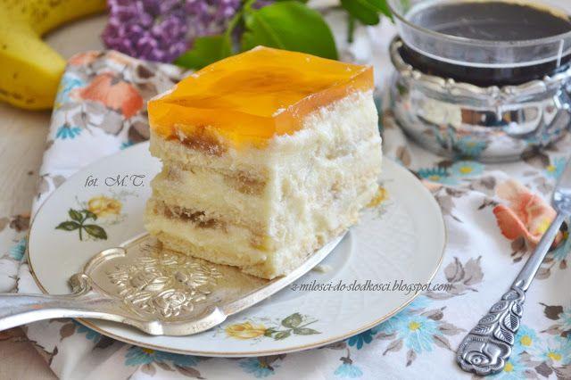 Z miłości do słodkości...: Ciasto z bananami i galaretką bez pieczenia