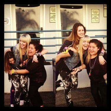 Rydel Lynch & Laura Marano & Raini