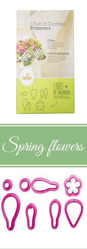 Blumen-Ausstecher von Decora mit Buch. Eine tolle Anleitung zum Modellieren von Blumen aus Blütenpaste oder Fondant. #Blumenausstecher #Fondant #Blütenpaste