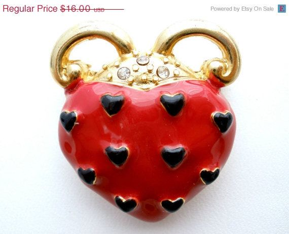 Hey, I found this really awesome Etsy listing at https://www.etsy.com/listing/171821200/40-off-red-enamel-heart-brooch-vintage