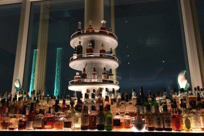 ザ・バー 〜 ザ・リッツ・カールトン東京のメインバーで至福のアフターディナーのカクテルタイムを楽しむ♪ [麻布グルメ]