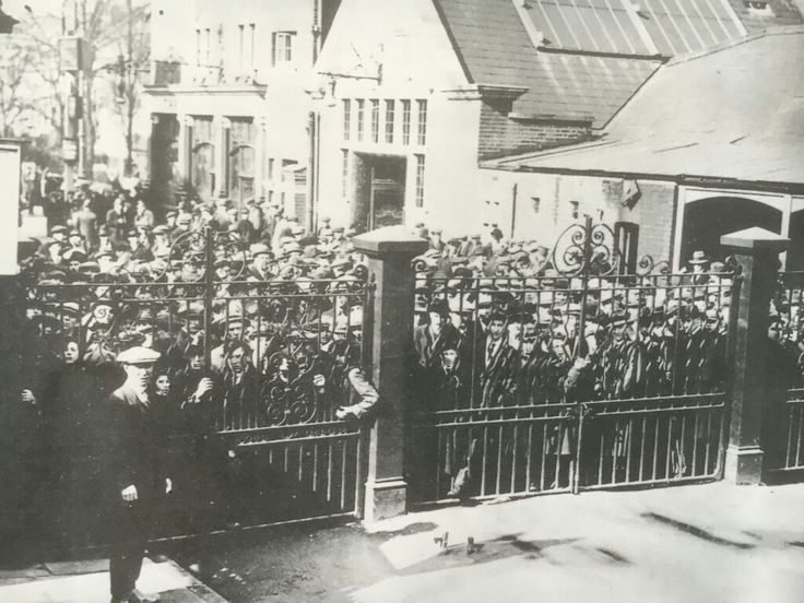1922. Fans locked out of WHL as Spurs v Cardiff FA cup tie sells out