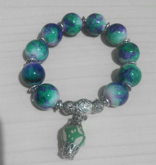 Stone and Batik bracelet #Batik #Jewelery #ethnic