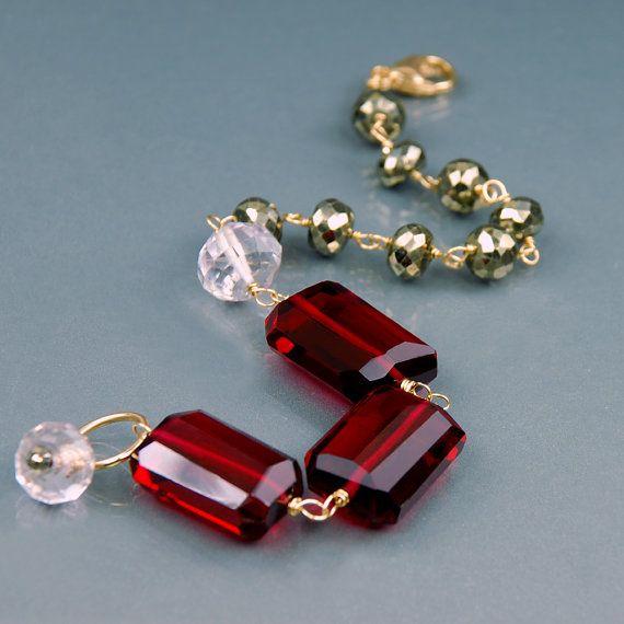 Bracelet en rouge Quartz Pyrite Quartz Rose. Bracelet en par agusha, $72.00
