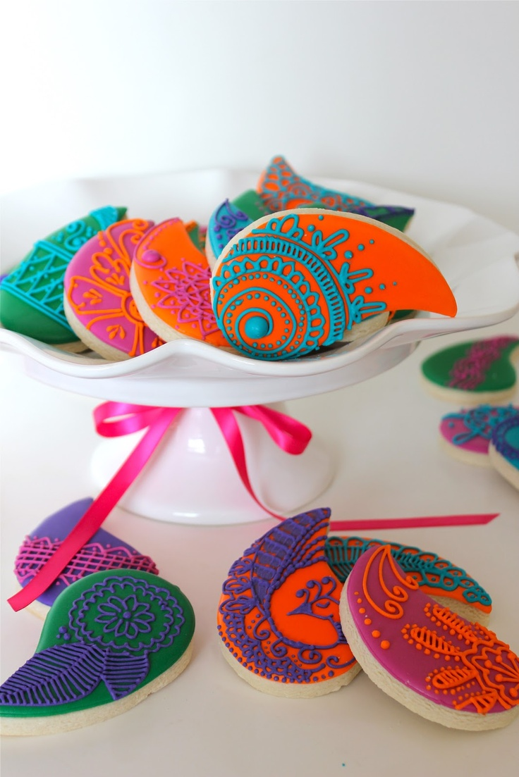 Sugar Bea's Blog: Paisley Mehndi Cookies {Krishna Wedding}