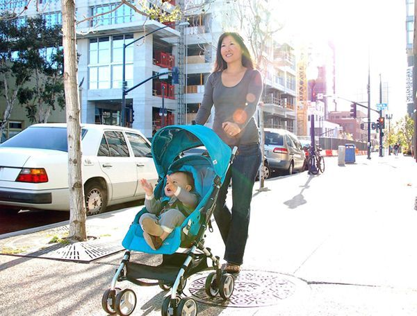 Umbrella strollers are different than lightweight strollers, generally with fewer features, lighter weight and vertical fold with separate handles. Discover YOUR best umbrella stroller for 2016 here.
