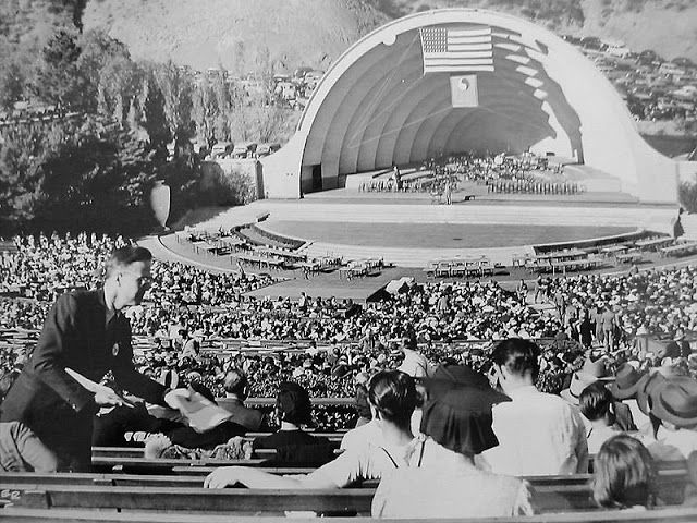 Technocracy Movement fills Hollywood bowl for rally event.