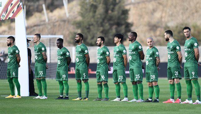 الأهلي يستعيد جهود نجمه قبل مواجهة ضمك القادمة سعودي 360 استعاد فريق الأهلي خدمات أحد أبرز نجومه وتأكد جاهزيته للمباراة القادمة ض Soccer Field Soccer Sports