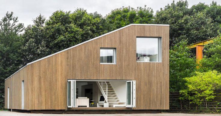 Completada em 2012, esta casa localizada na China e projetada pelo escritório Arcgency utiliza princípios como a sustentabilidade e flexibilidade (foto: Jens Markus Lindhe)