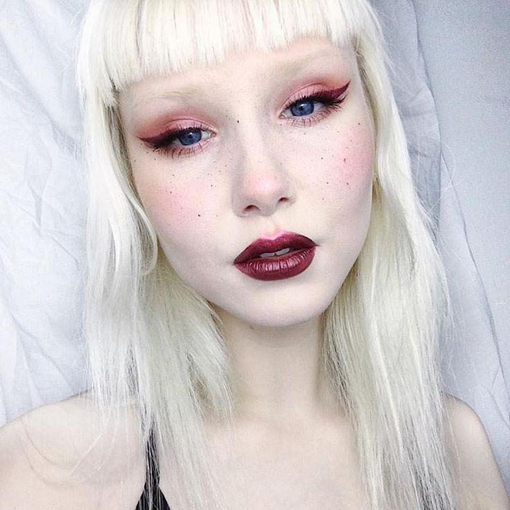 "1,113 Likes, 4 Comments - Sugarpill Cosmetics (@sugarpill) on Instagram: ""Sweet @lemonadejar looks saintly in #sugarpill #felinefancy eyeshadows and liquid lipstick! """