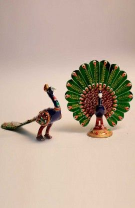 Handcrafted Beautiful Peacock Statue (Pack of 2)