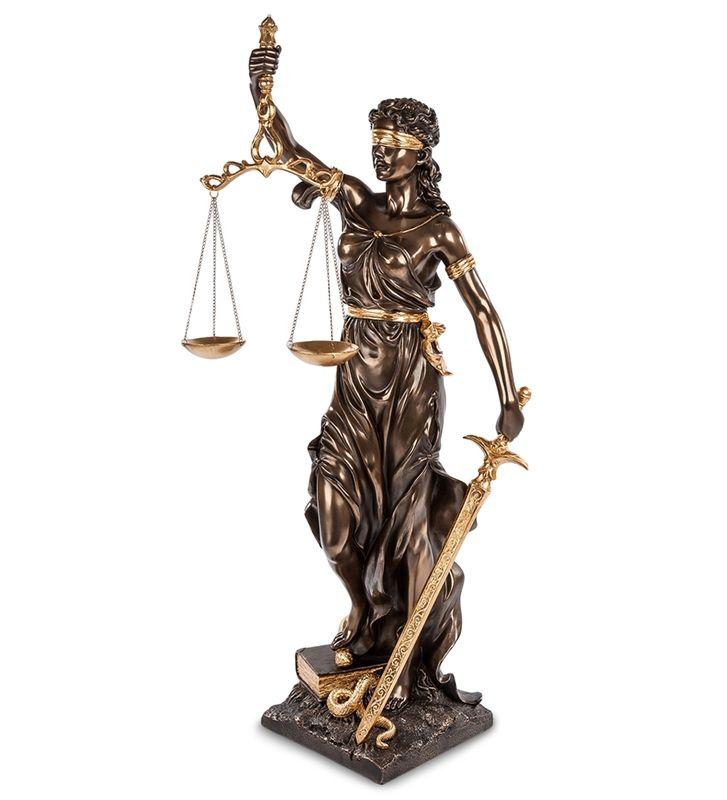 """Статуэтка """"Фемида - богиня правосудия"""" WS-653/2   Бренд: Veronese (Китай, о. Тайвань);      Страна производства: Китай;   Материал: полистоун;   Длина: 26 см;   Ширина: 32 см;   Высота: 75 см;   Вес: 4,2 кг;"""