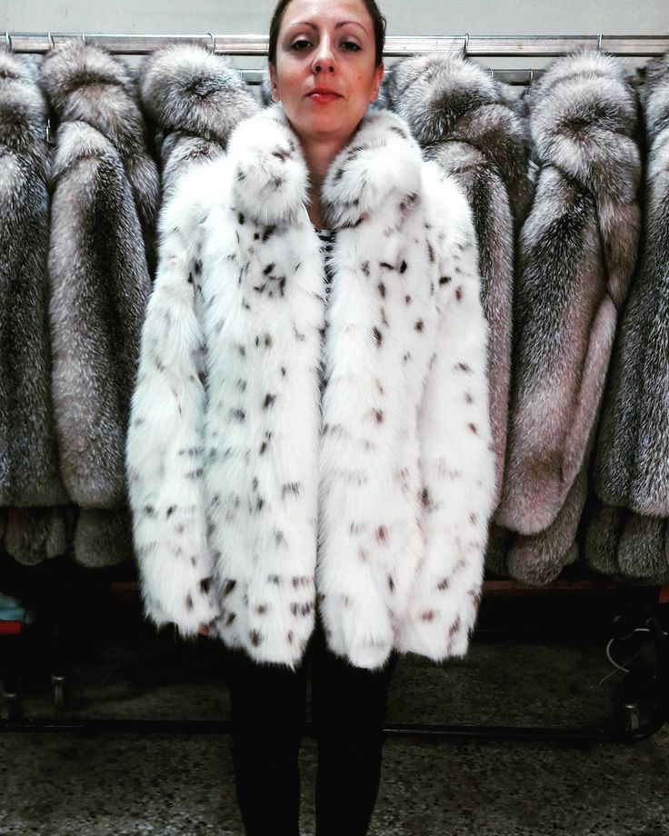 If you like to buy one of our products please visit our etsy shop (link in bio) #furfashion #fur #furcoats #realfur #new #clothing #collection #coat #worldwide #handmade #fashion #style #jewelry #modern #magazine #sales #followme #sky #white #picture #picoftheday #love #photooftheday #handmadejewelry #pink #instago #instagood #winter #newyork