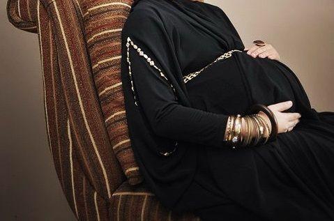 Doa Keselamatan Ibu Hamil. Bagi para ibu hamil, ketika memiliki permintaan dan keinginan kepada Allah SWT, hendaknya memperbanyak diri dengan membaca doa Keselamatan Ibu Hamil di bawah ini. Insyallah apa yang menjadi hajat dan keinginan kita yaitu keselamatan selama hamil akan dikabulkan semua permintaan yang tertera dalam doa ini, seperti dilindungi baik