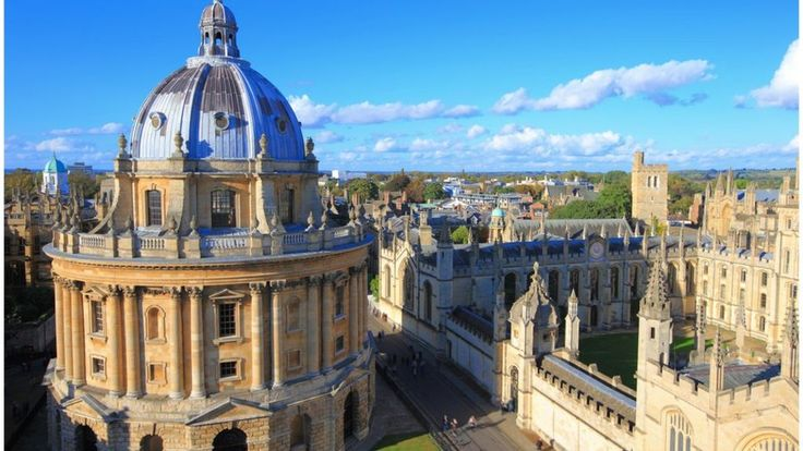 The admissions process for Oxford and Cambridge universities is confusing and complex and should be simplified, the Sutton Trust charity says.