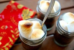 Holy smores! Try these mini cakes in a jar