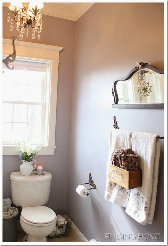 Small Bathroom Chic: Elegant Mirrors Make Bathrooms Look Bigger